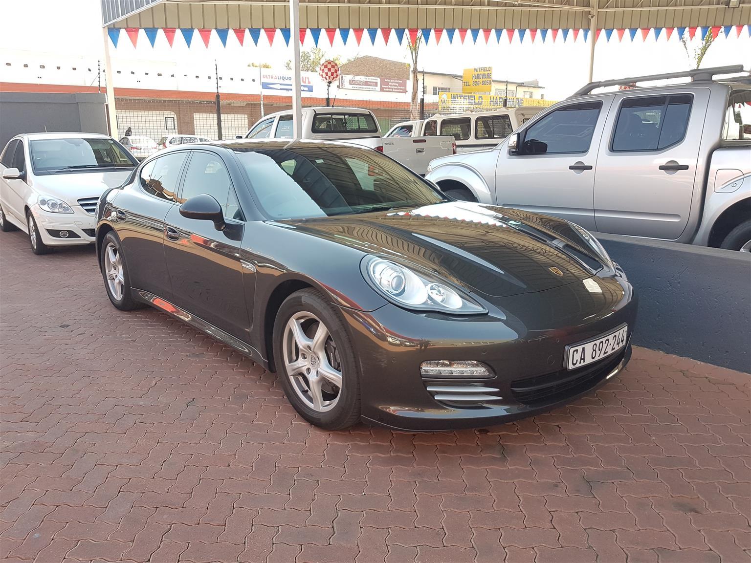 2010 Porsche Panamera 4