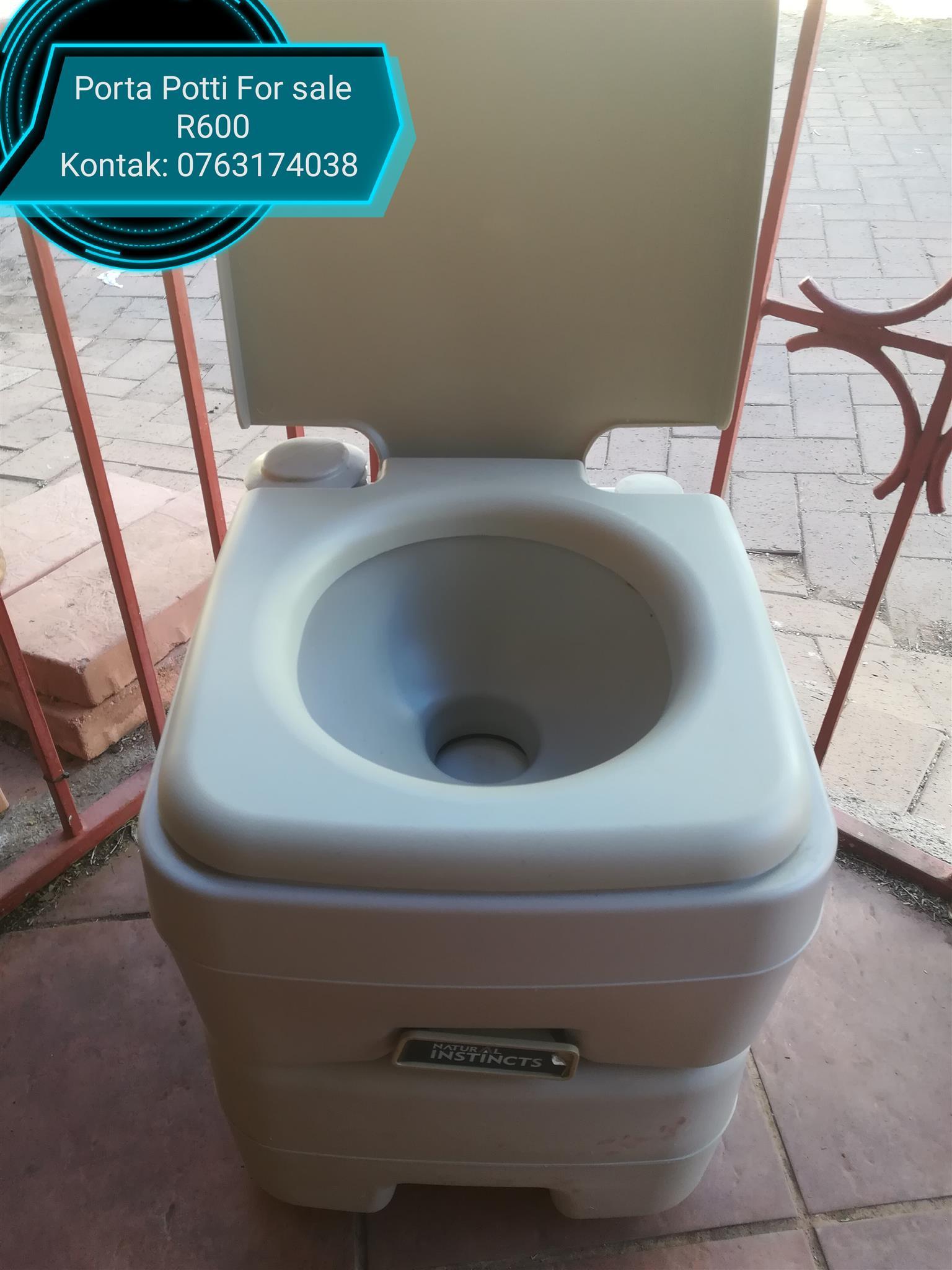 Porta potti for sale