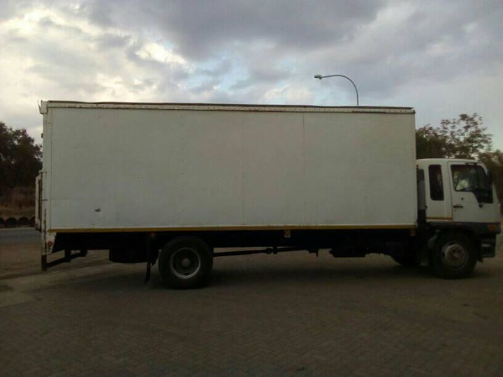 moving 8 ton truck looking for work