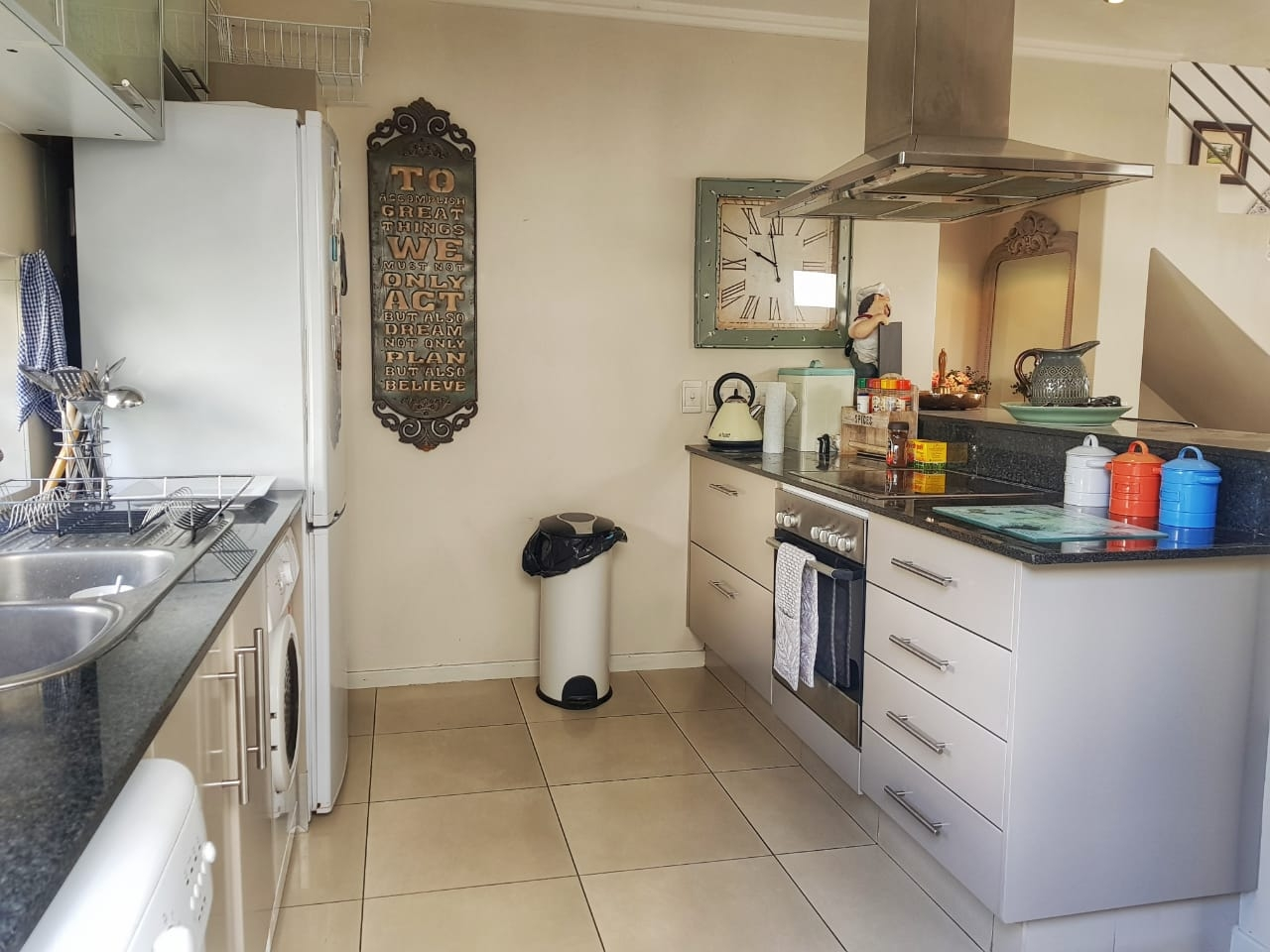 Cluster Rental Monthly in Parkmore