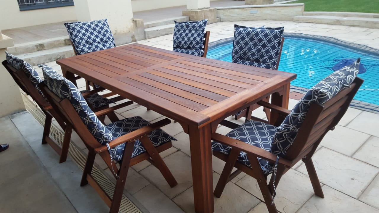 8 Seater Patio Table For Sale