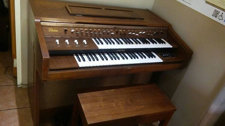 Electric Yamaha C5 organ for sale