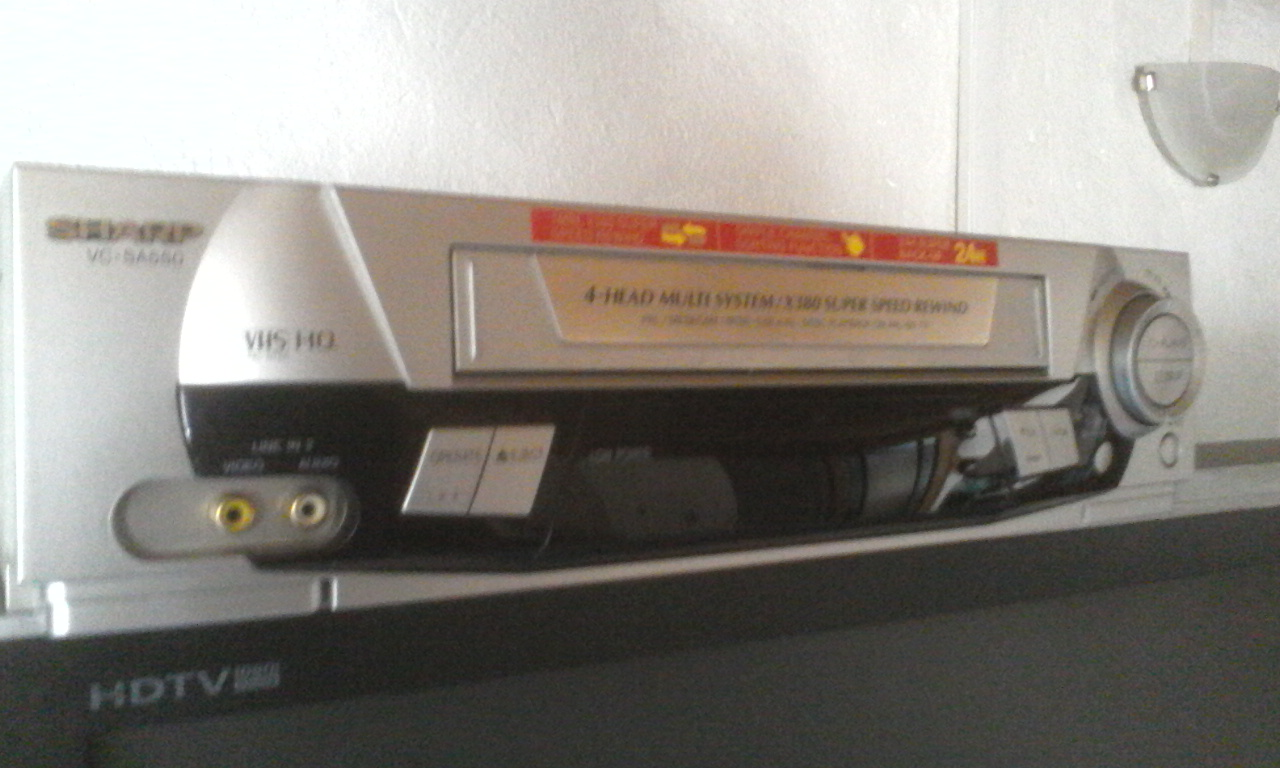 Sharp VHS VCR perfect