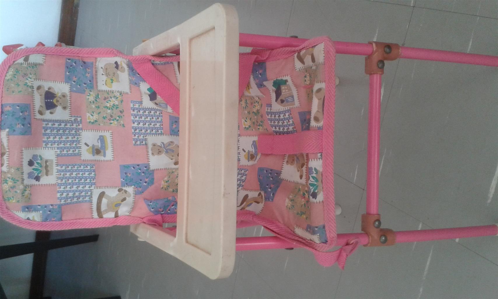 Doll high chair and bath set and Lego blocks