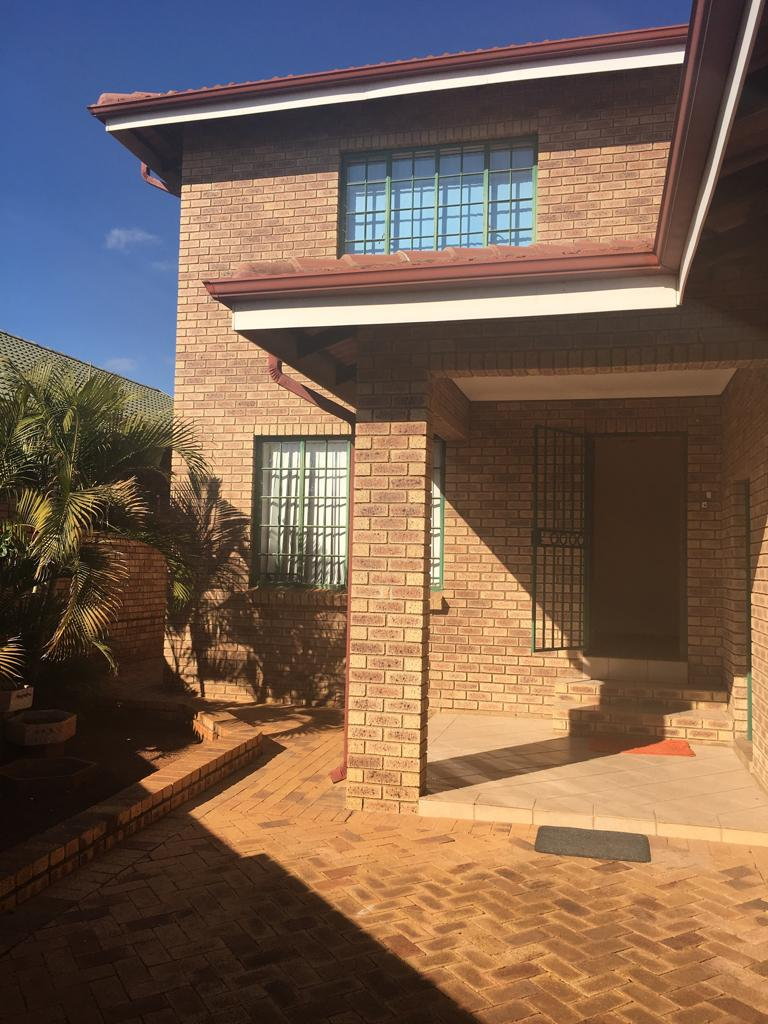House for sale in magaliesburg