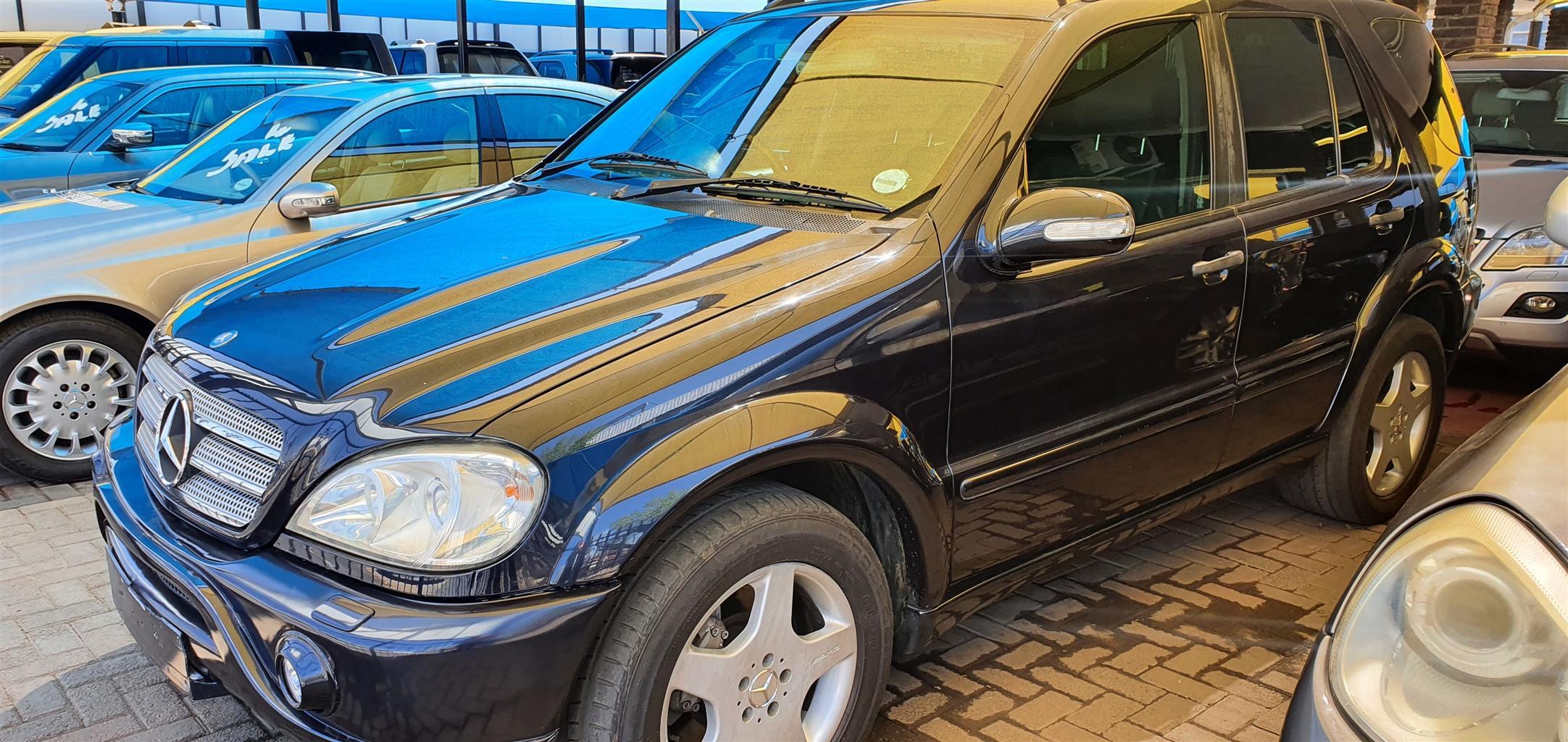 Mercedes Benz ML55