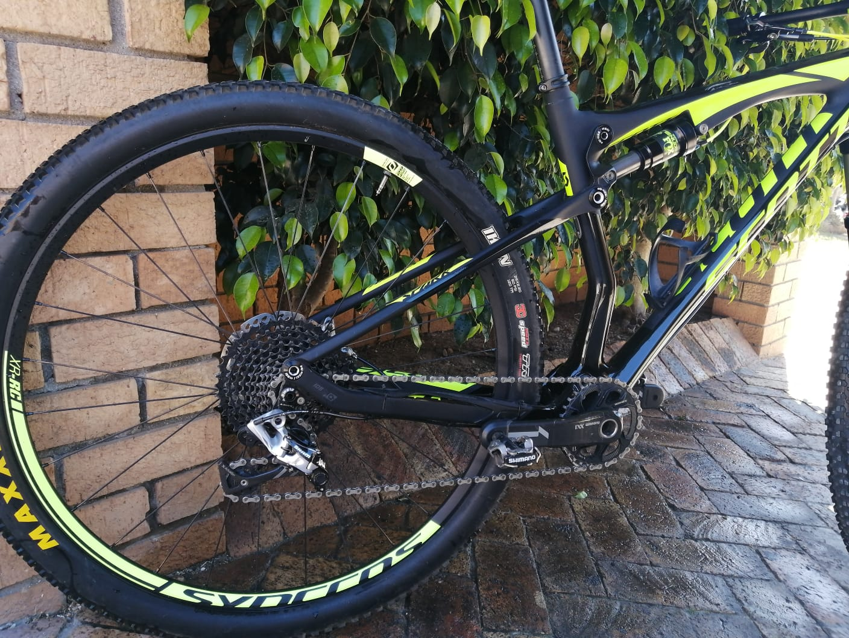 Scott Spark 900 RC Full Carbon Mountain Bike Dual Suspension 2016