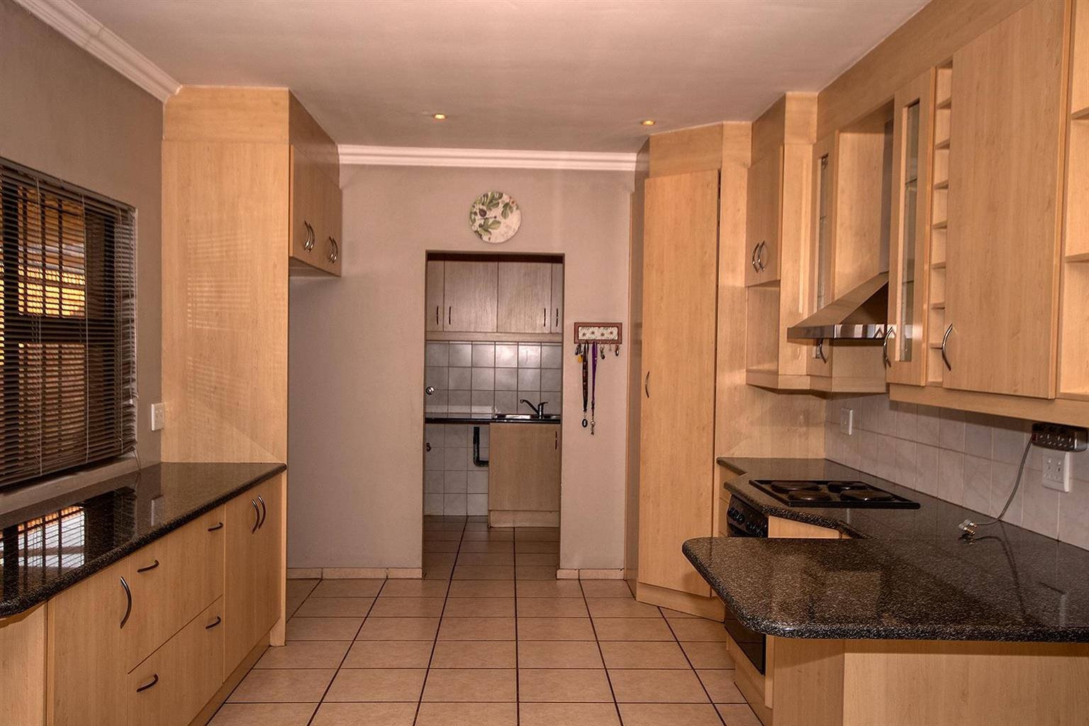 Cluster For Sale in New Redruth