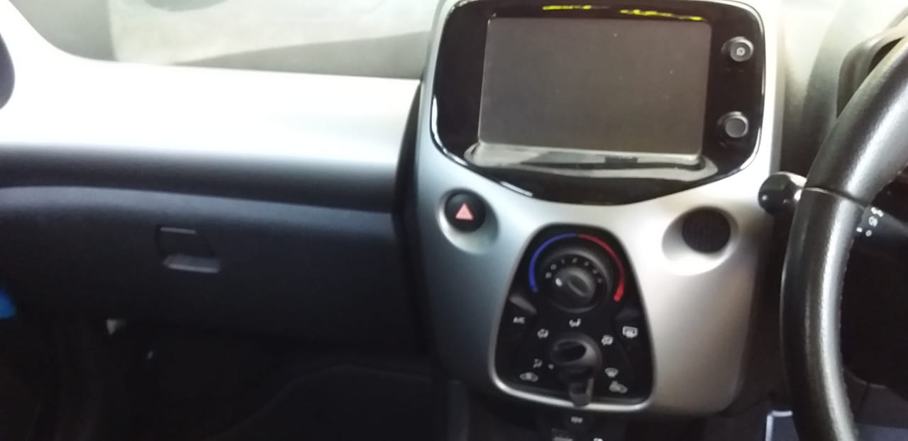 2017 Toyota Aygo hatch AYGO 1.0  X  PLAY (5DR)