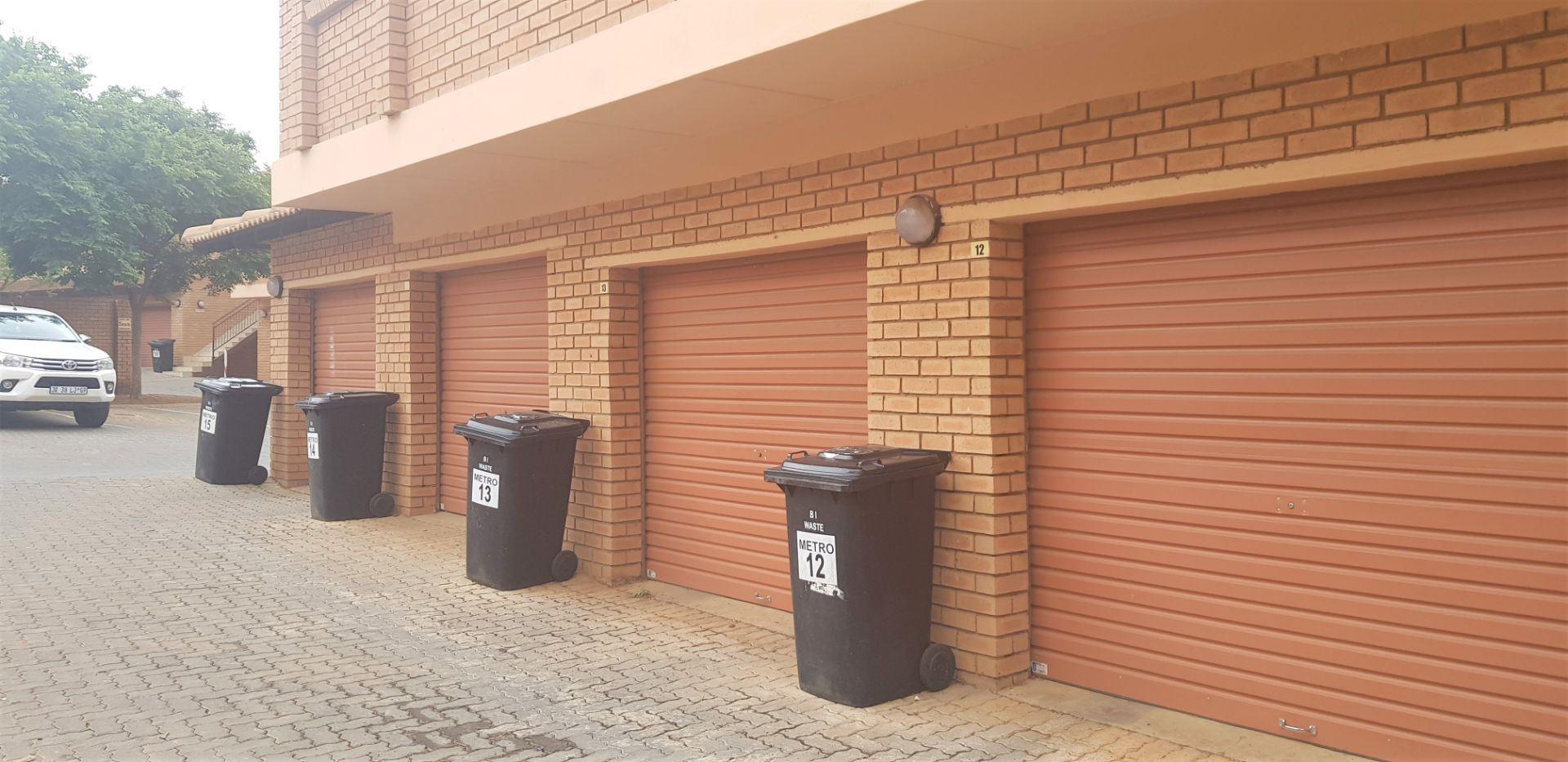 Townhouse Rental Monthly in ELARDUSPARK