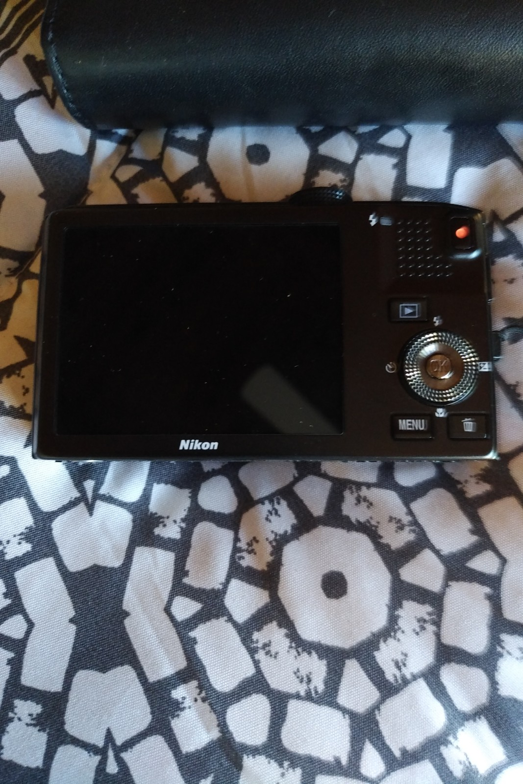 Nikon Coolpix camera S8100