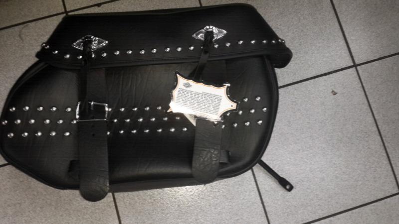Harley Davidson saddlebag Brand new never been fitted original Harley saddle bag