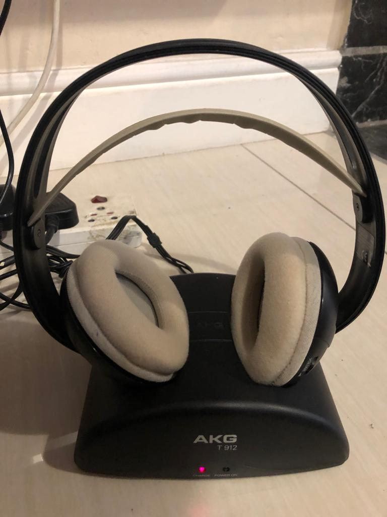 AKG K912 Wireless Over-Ear Headphones - the professional choice!