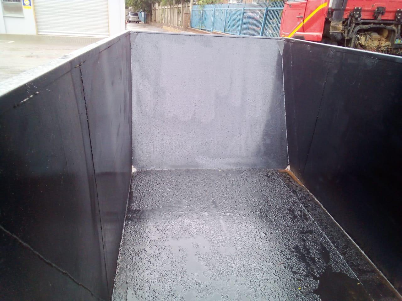 We manufacture new skip bins