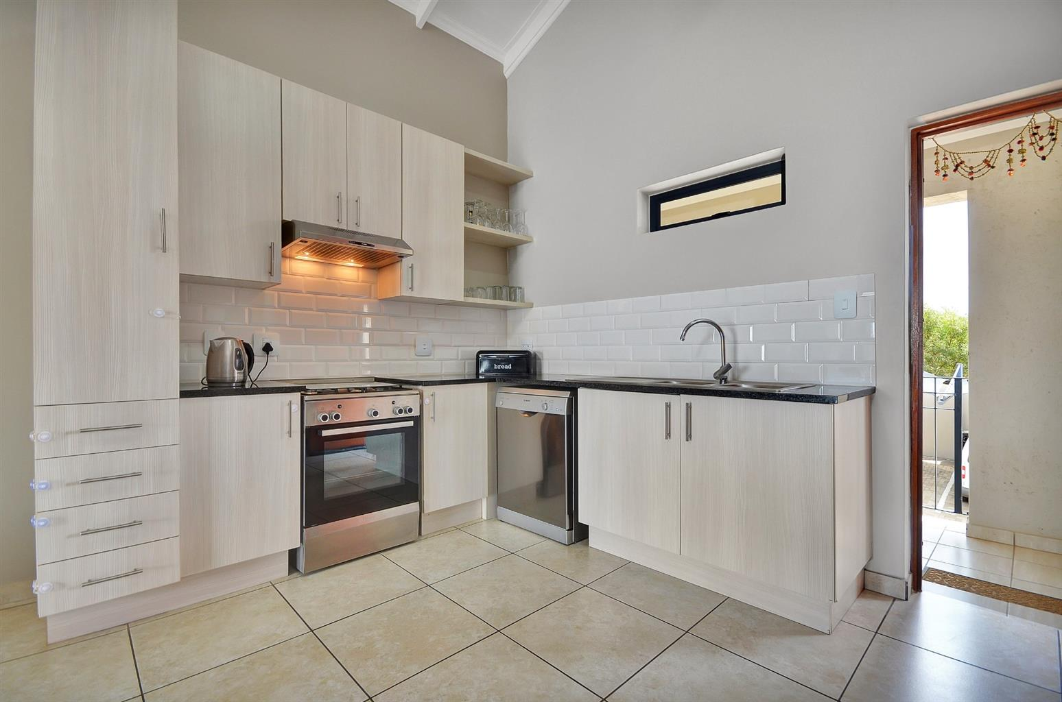 Apartment For Sale in Summerset