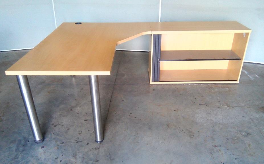 Desk l shape with roller door credenza