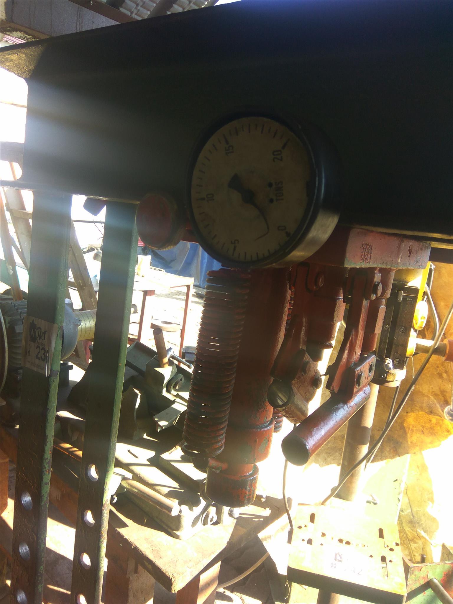30 Ton drill press for sale
