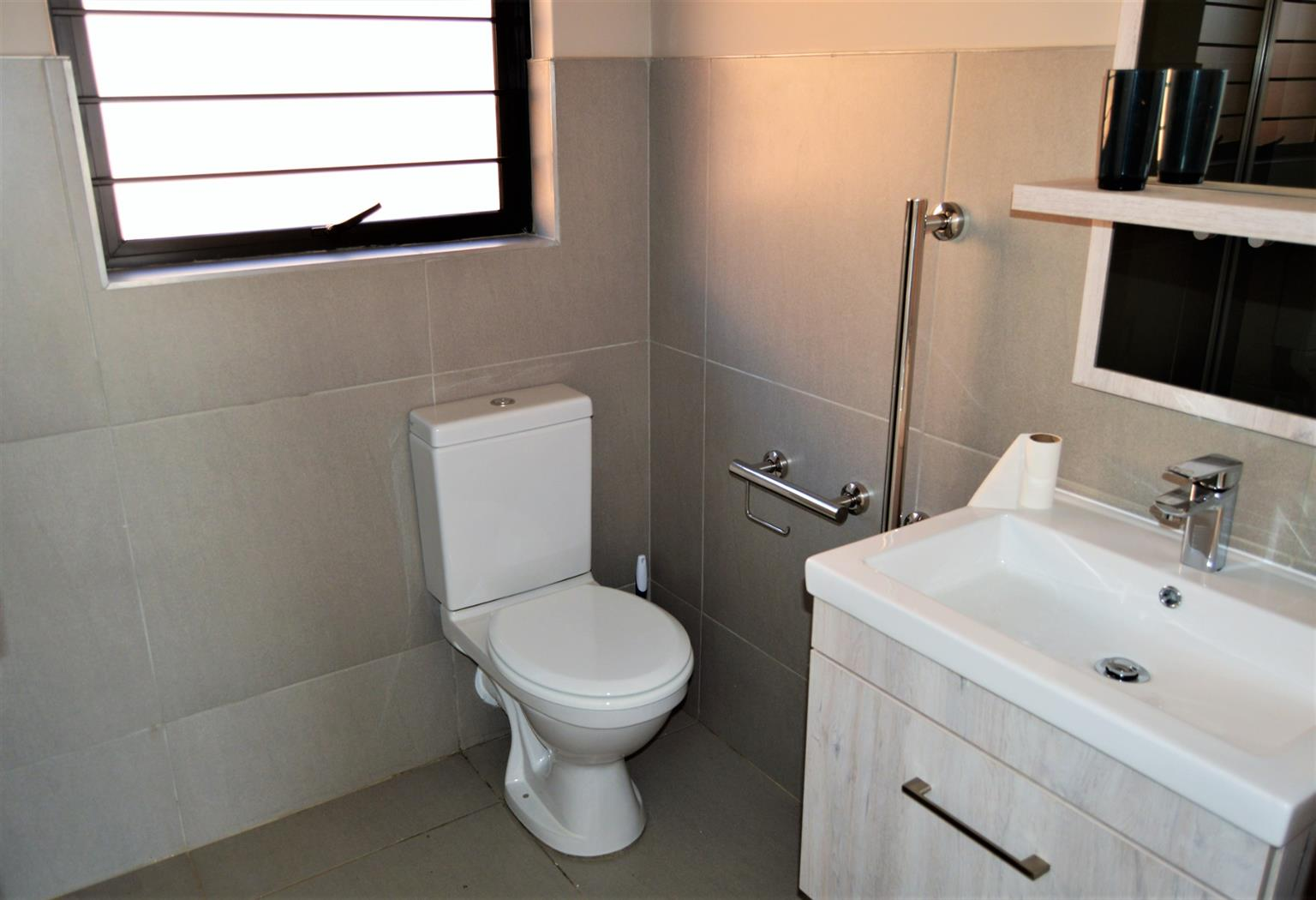 Townhouse For Sale in North Riding A H