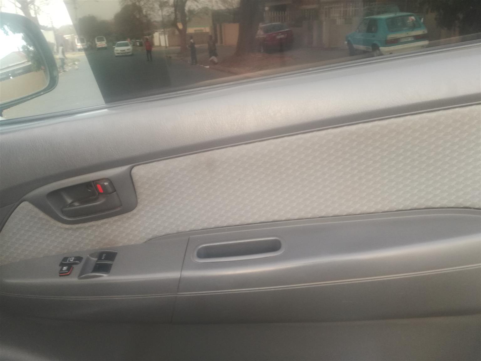 2011 Toyota Hilux 2.5D 4D 4x4 SRX