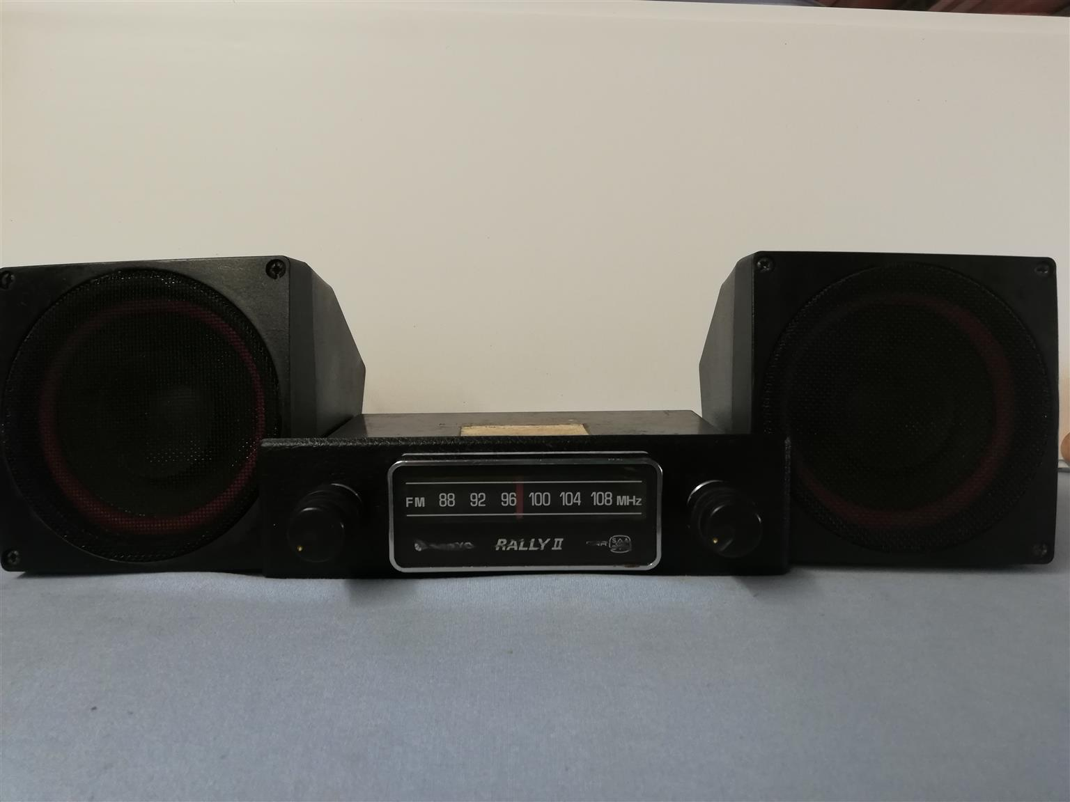 Vintage / Classic Car Radios