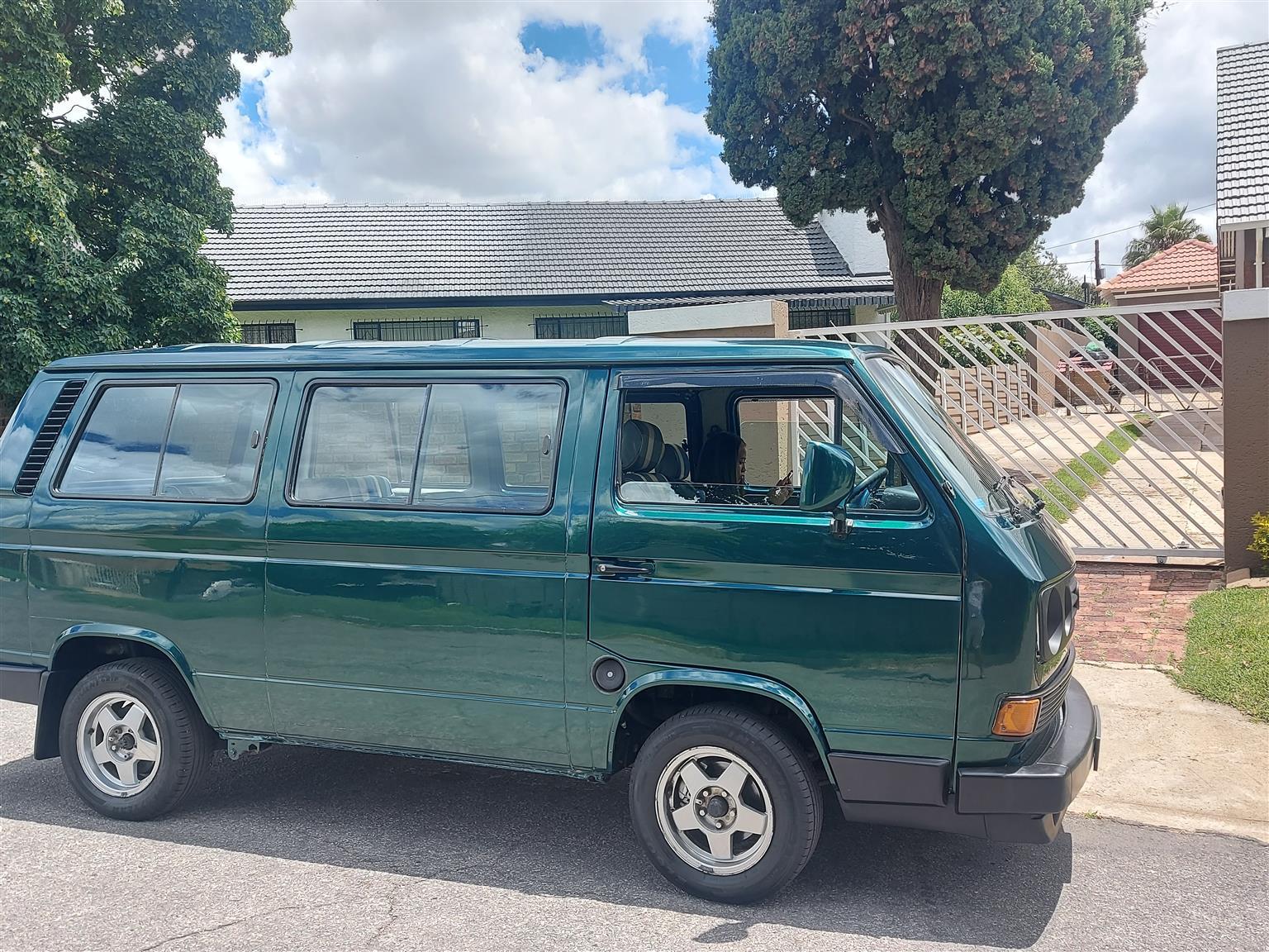 Microbus 2.3i