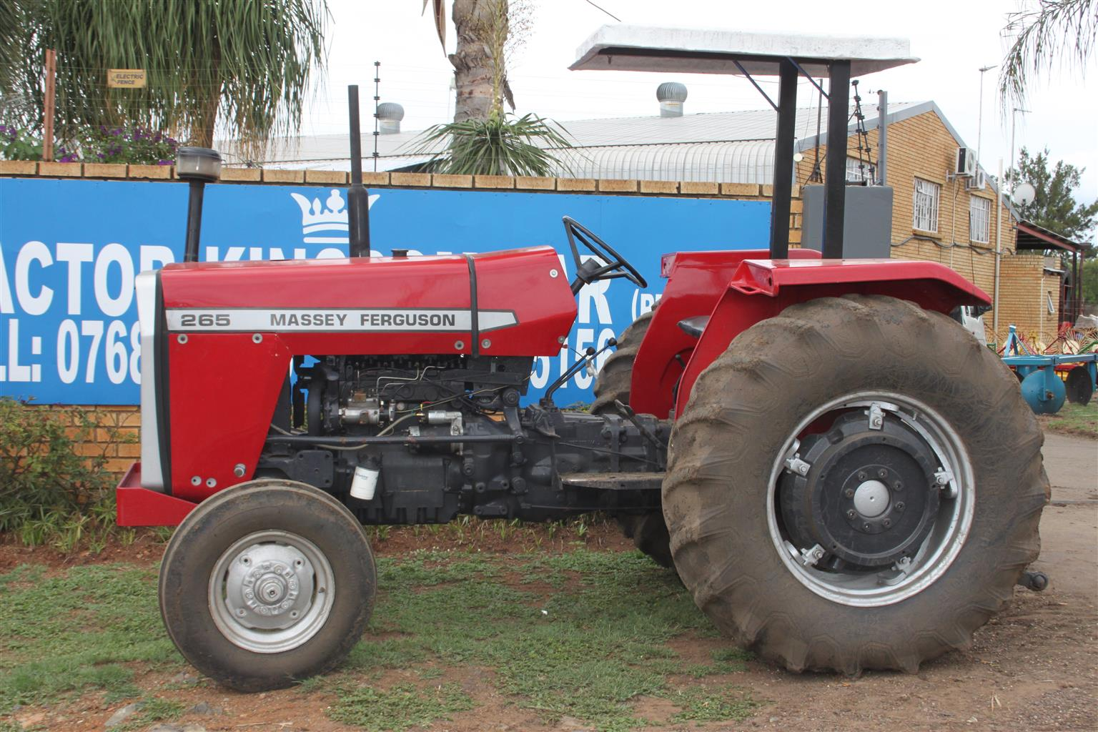 Massey Ferguson 265 Tractor Refurbished and Resprayed