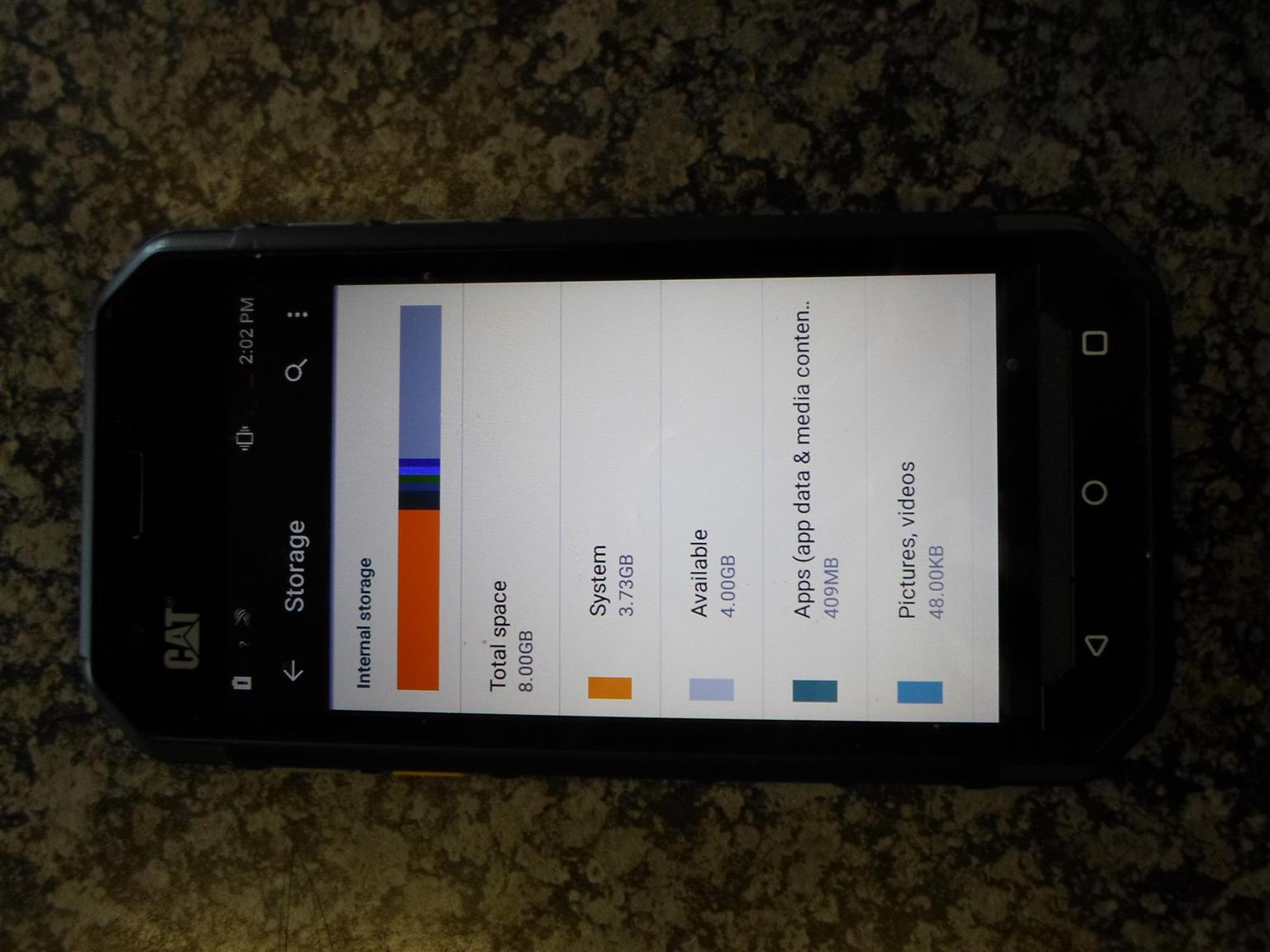 8GB CAT S30 Cellphone