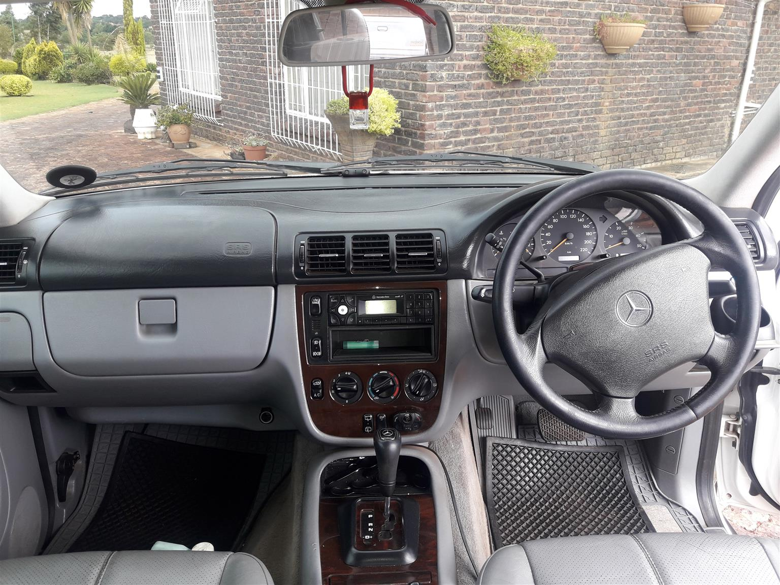 2001 Mercedes Benz ML 270CDI