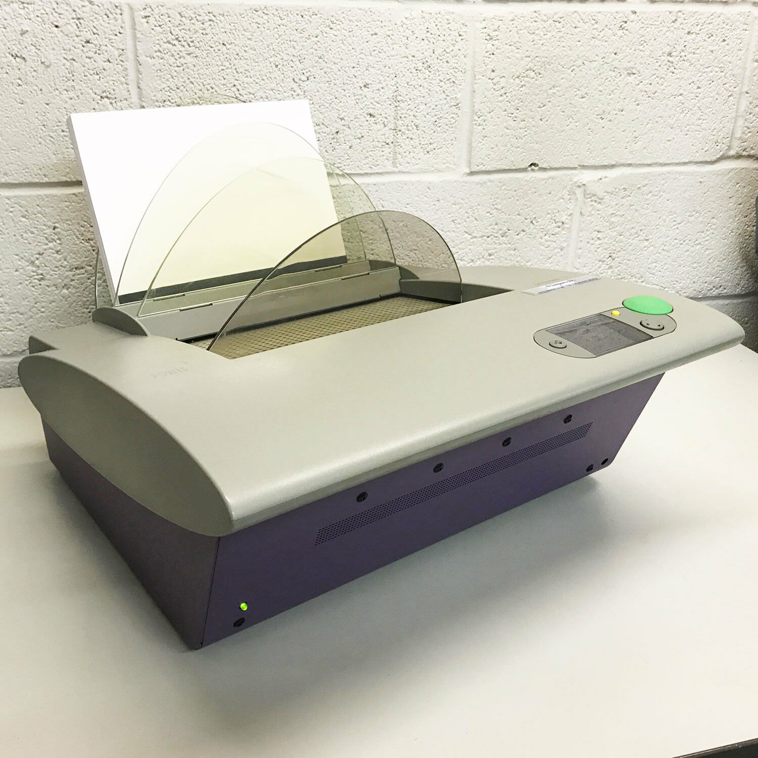 Powis Fastback 20 Heavy-Duty Document Strip Binding Machine for sell, R18000 Vat Inclusive.