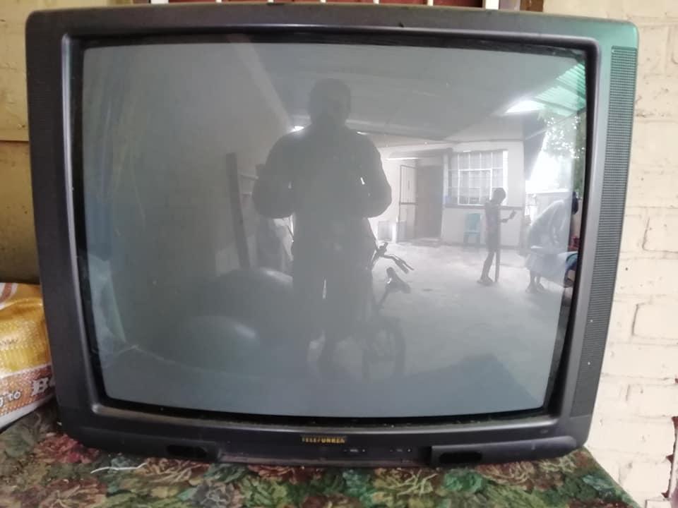 Old Telefunken tv for sale   Junk Mail