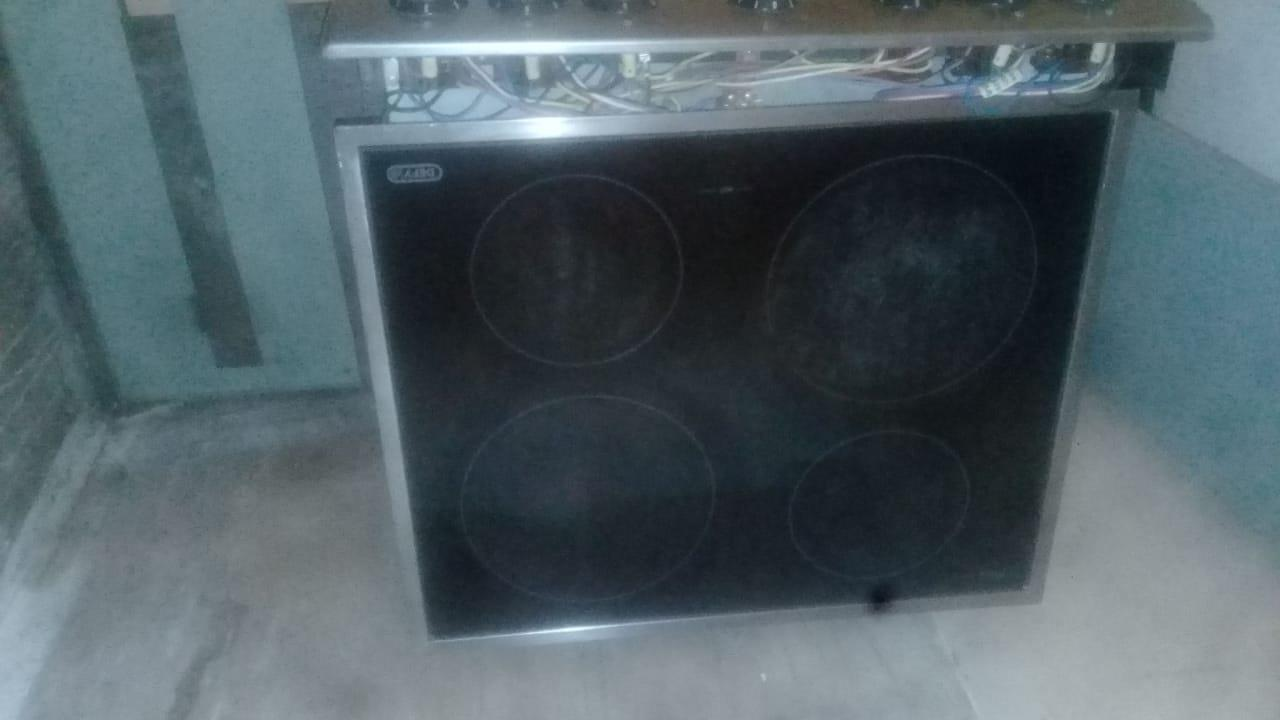 Touch Defy hob and oven for sale