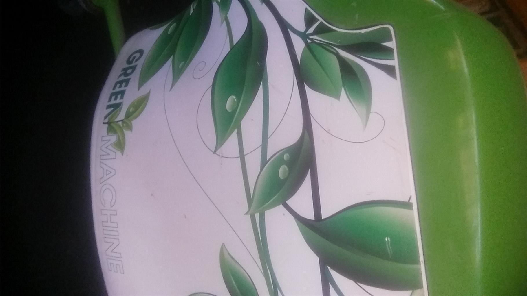 Waterless green machine