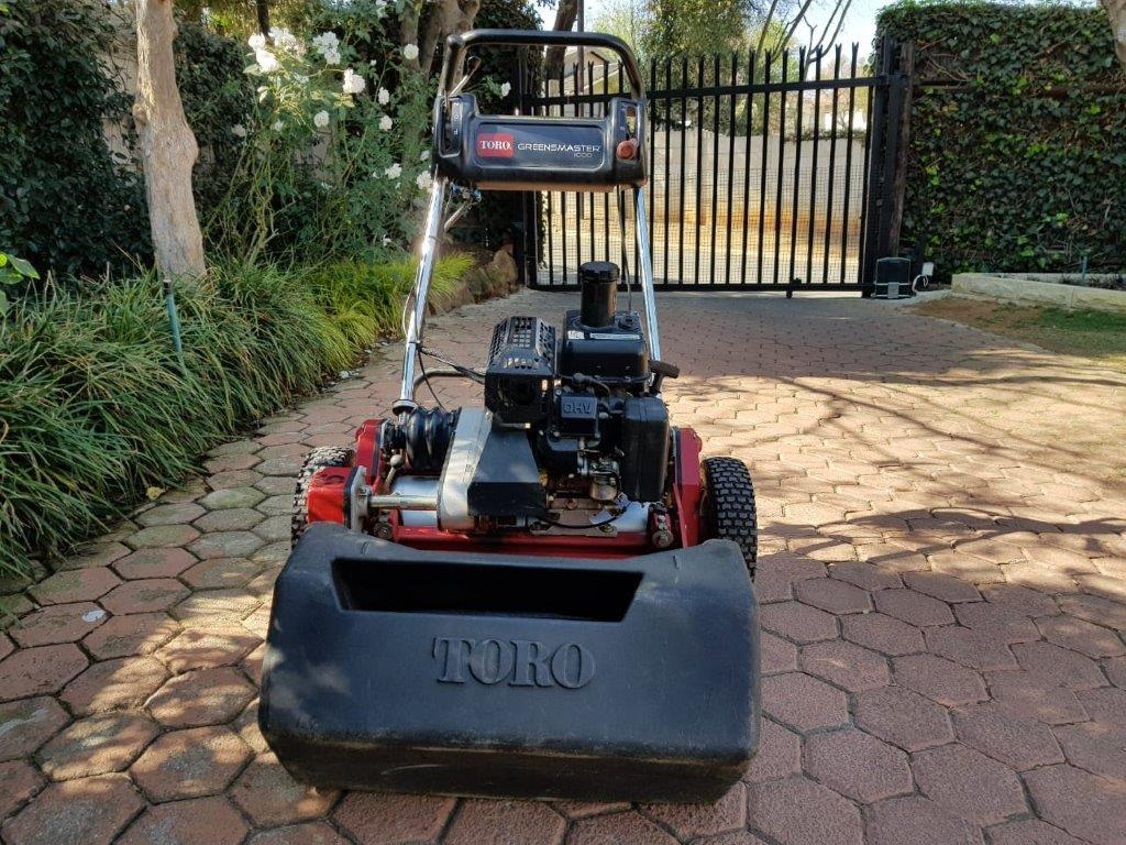 TORO Greensmaster Lawnmower Walk Behind