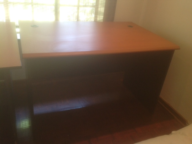 Optimum Desk 1200