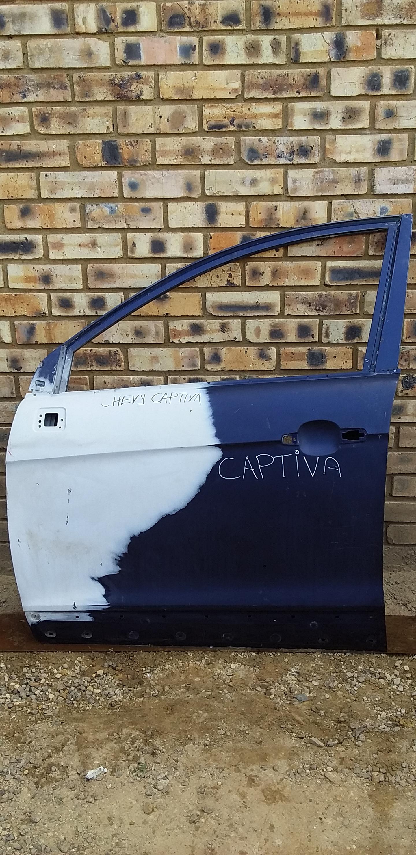 Chevrolet Captiva Door