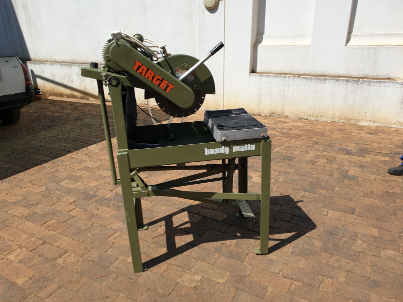 Target Handy Matic Professional Masonry Wet Saw for Tile and Brick Cutting.