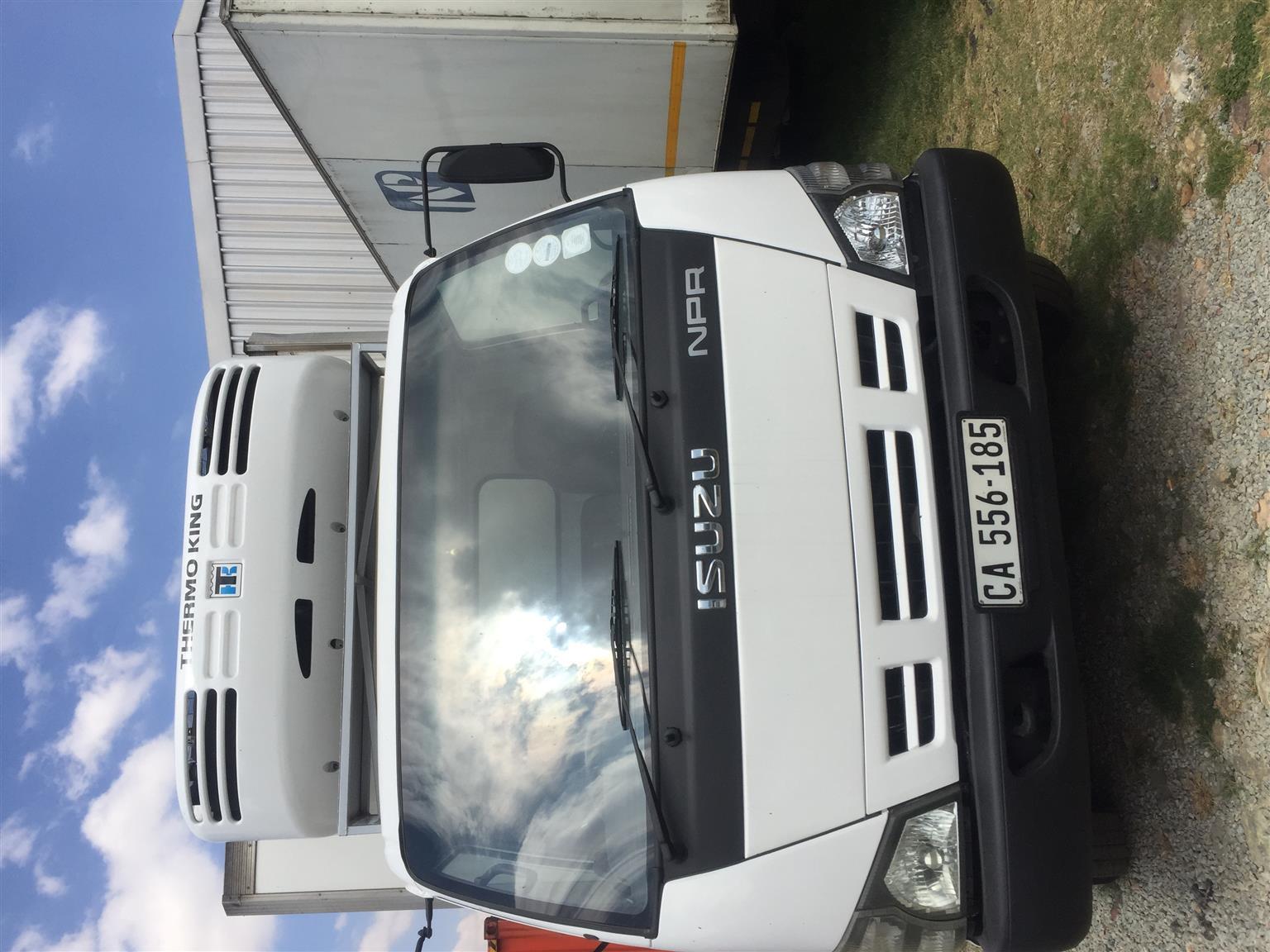 Isuzu NPR400 4ton fridge unit truck on special