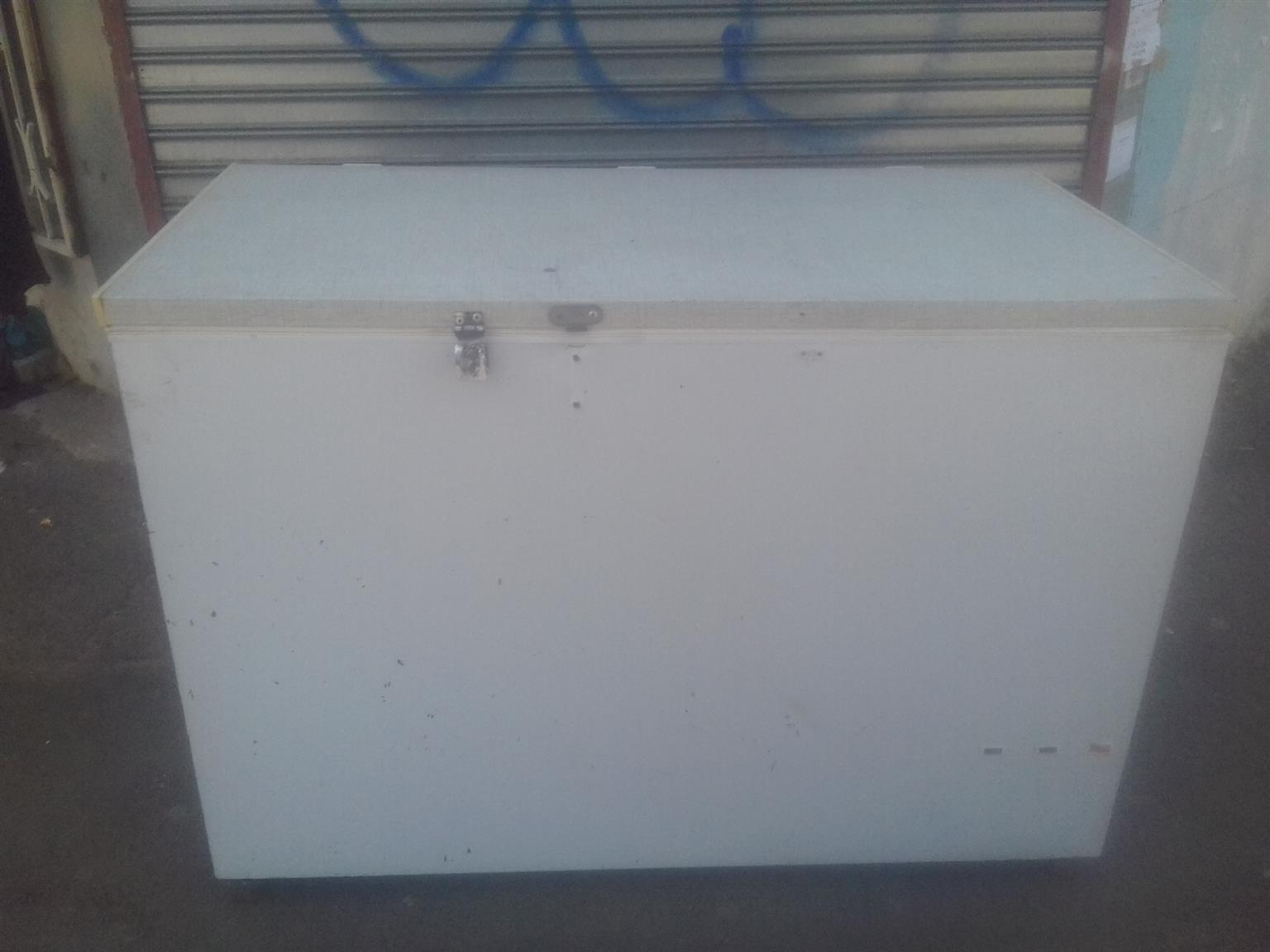 430 liters Chest Freezer