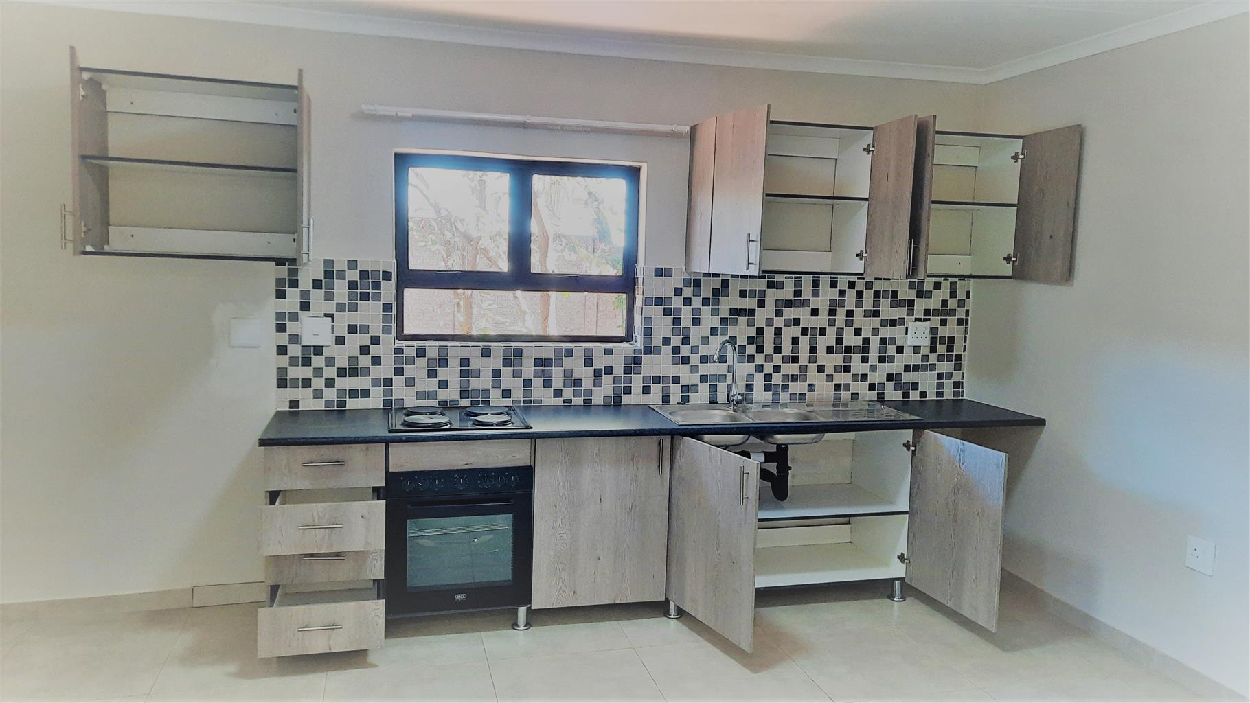 1 Bedroom Cottage Available in Randburg - Robindale