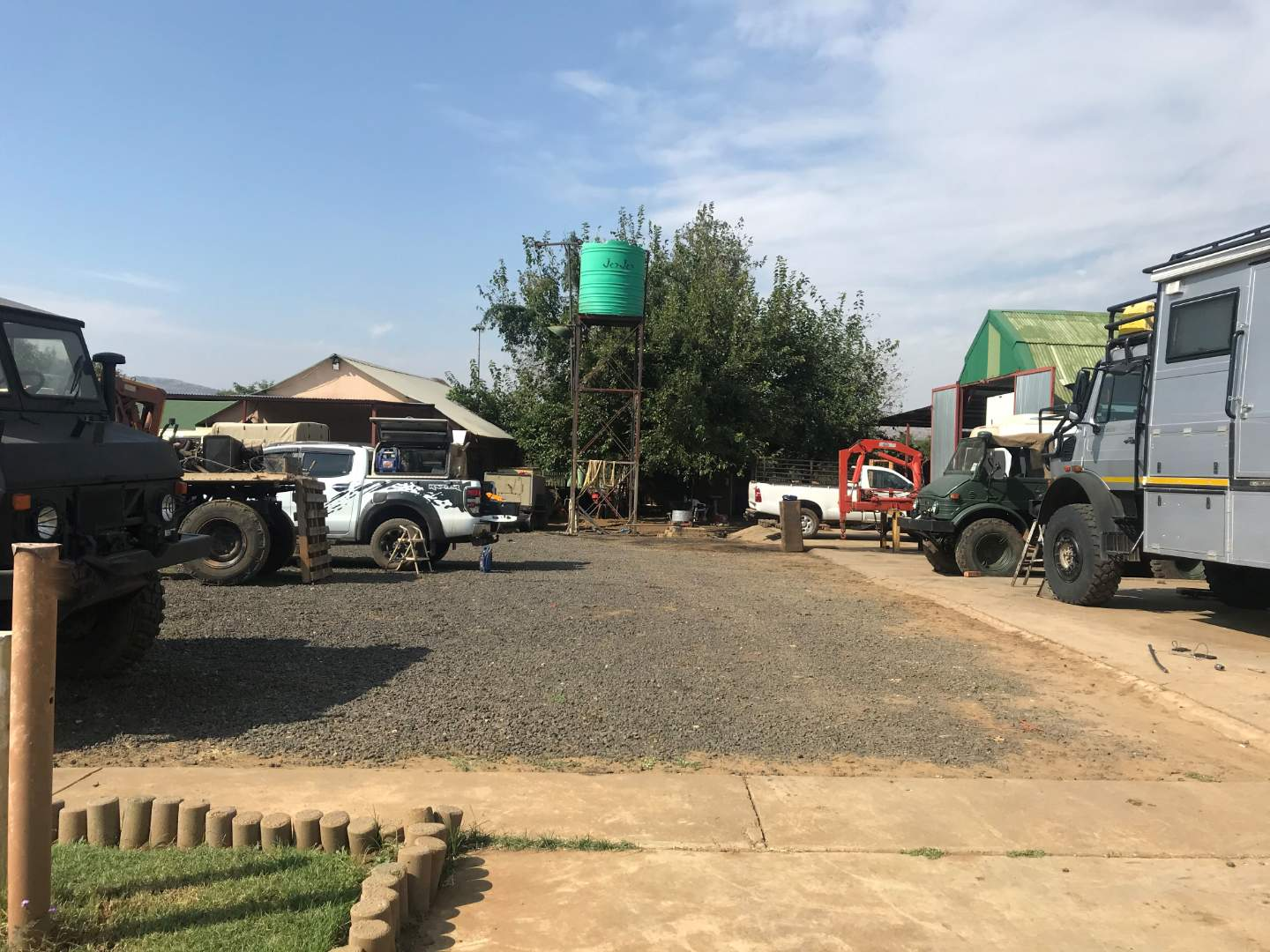 Small Holding For Sale in Kameeldrift West