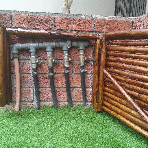 QUALITY INSTALLATION OF WOOD AND REEDS GATES, .