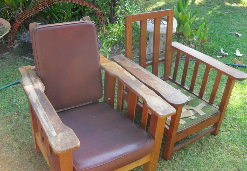 Antique Morris chairs x 2 - Selling together for R800 & Antique Morris chairs x 2 - Selling together for R800 | Junk Mail