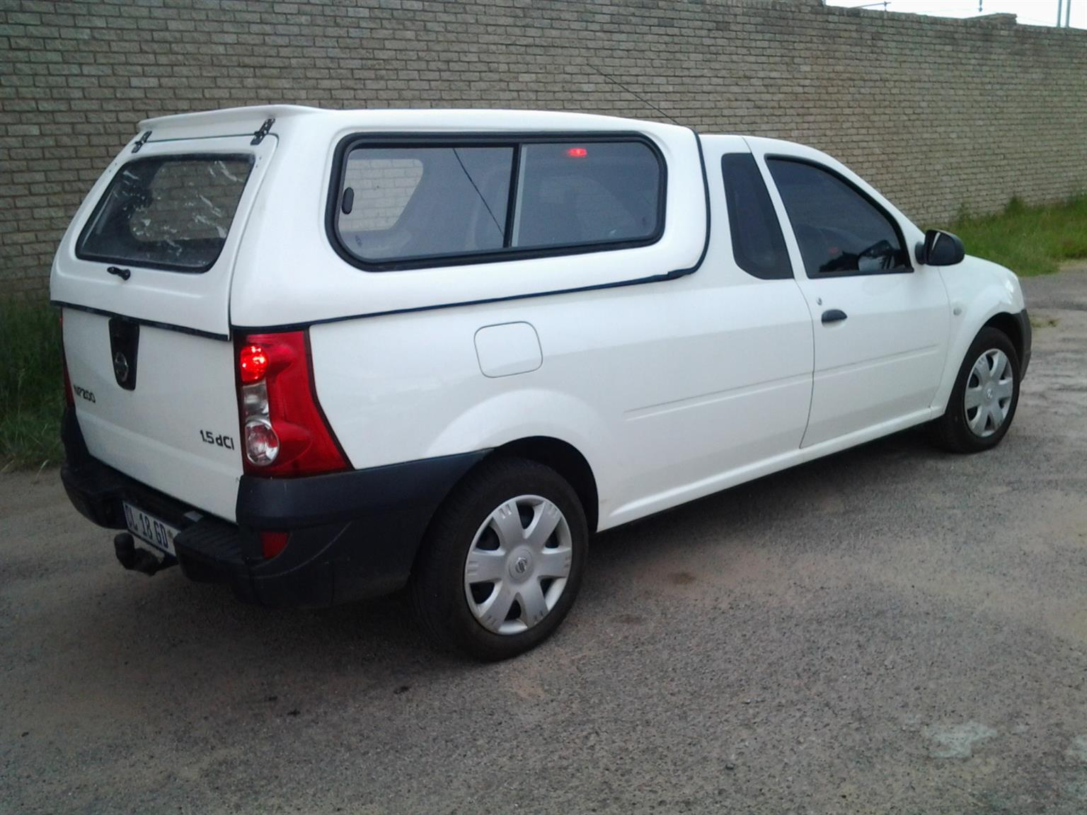GC BRAND NEW NISSAN NP200 LOW-LINER BAKKIE CANOPY FOR SALES!