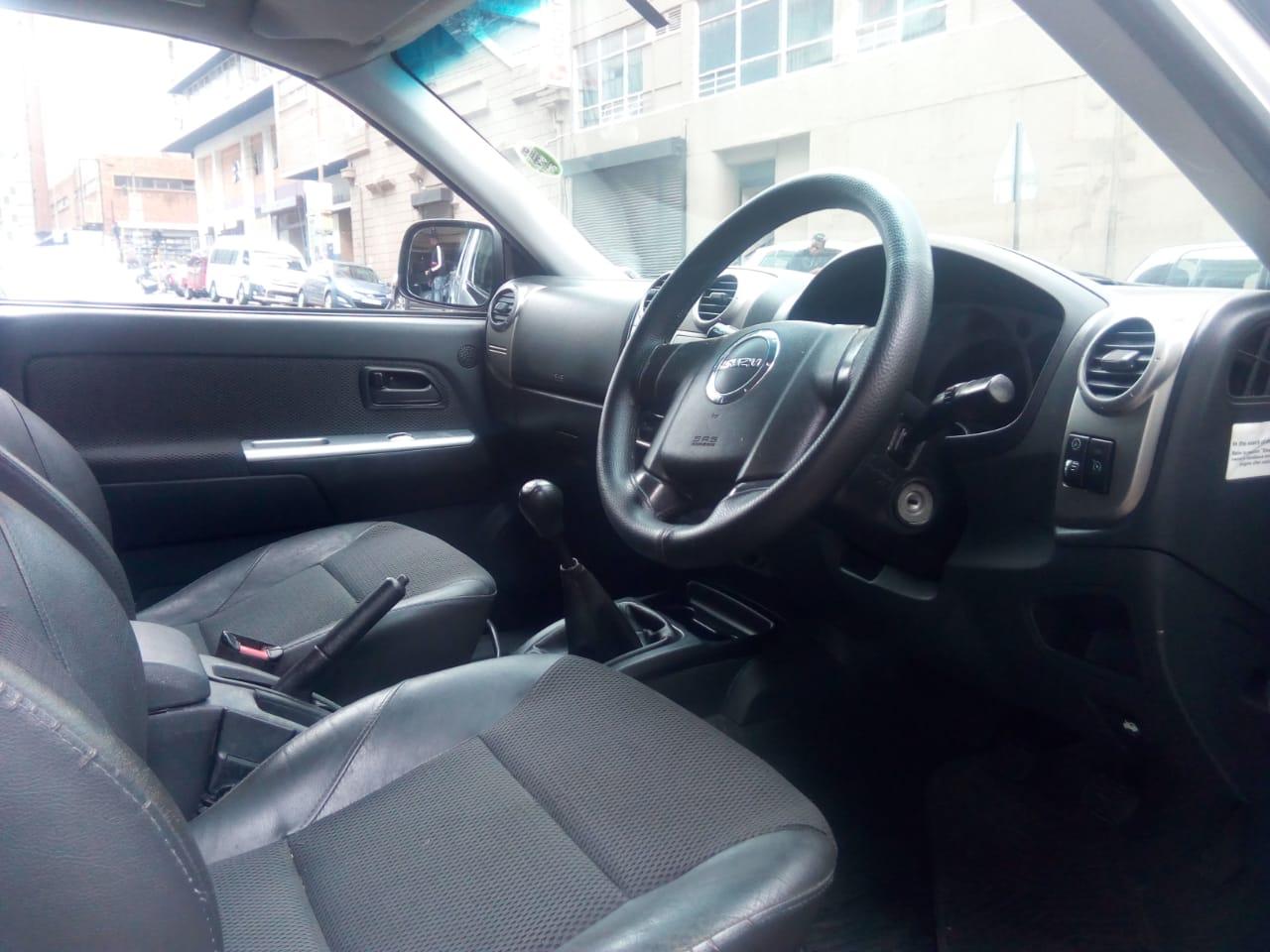 2008 Isuzu KB 300D Teq double cab 4x4 LX