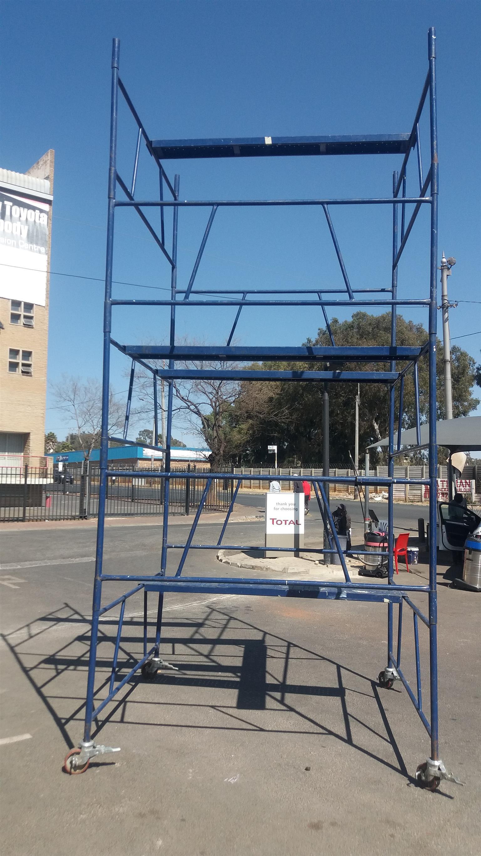 Steel Self Lock Scaffold Tower -