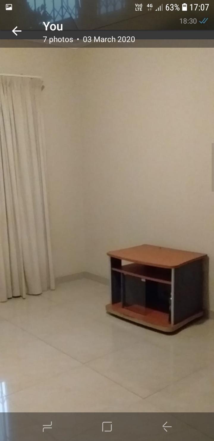 Large spacius room to rent in centurio