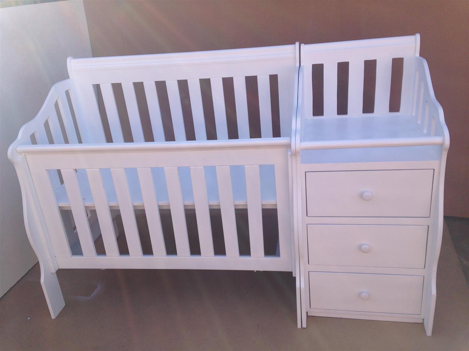 Combined Baby Cot & Compactum R5999,00 Sur - 20