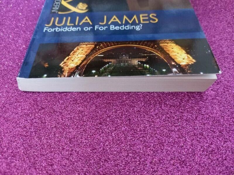 Mills & Boon - Modern - Julia James - REF: 4792.