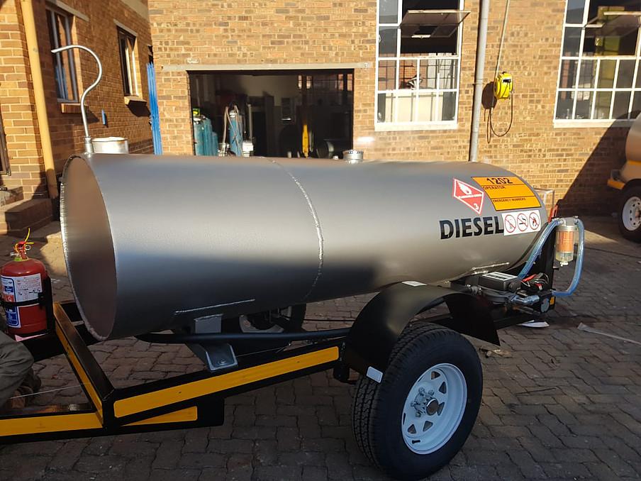 1500 liters Tanker  Mild or Stainless Steel  