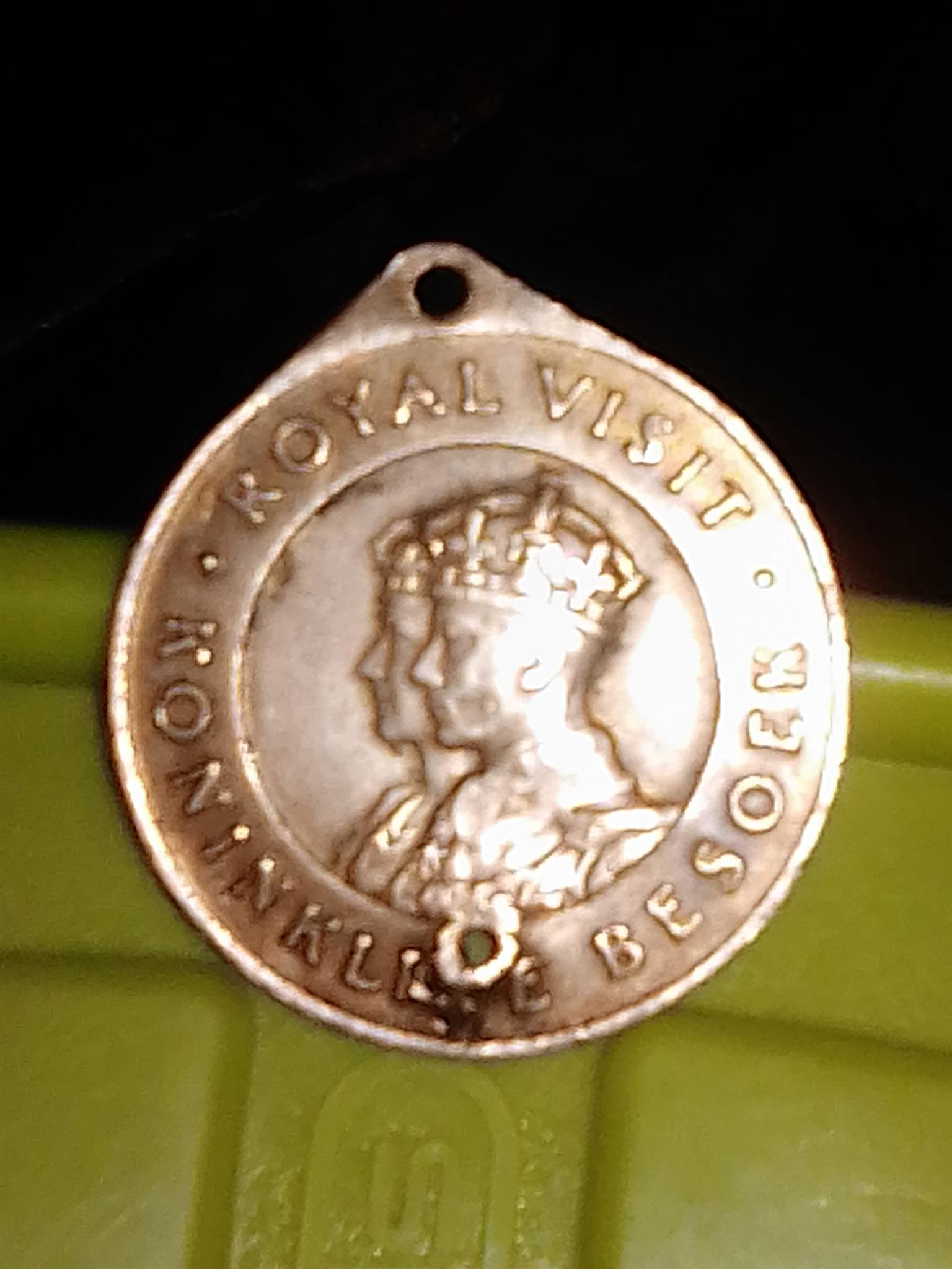 Royal visit gold coin 1947 union of South Africa